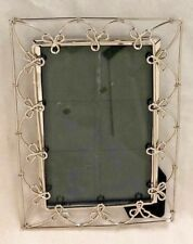 "Silvertone Twisted Wire 5 X 7"" Frame Holds 4 X 6"" Photo"