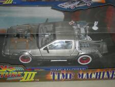 BACK TO THE FUTURE III DeLorean TIME MACHINE 1:18 SCALE BY SUN STAR MINT IN BOX