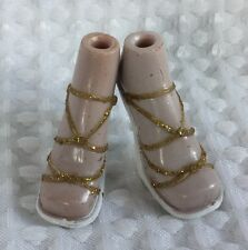 Bratz Size Clothes - White With Gold Glitter Heels