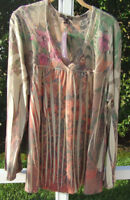 SUZIE COUTURE BEIGE TAN MULTI FLORAL POLYESTER ¾ SLEEVE CASUAL PLUS TOP 1X NEW
