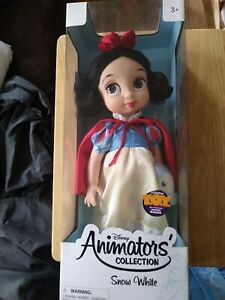 "Disney Animators' Collection Snow White Doll 15"" (NEVER OPEN/BRAND NEW)"
