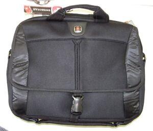 "NEW SwissGear ""Sherpa' Slimcase Computer Sleeve GA-7467-02 Black"