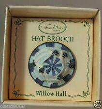 WILLOW HALL MINIATURE HAT BROOCH APT23
