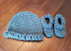 Newborn baby hat beanie bootie set gift present handmade