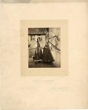 Allemagne, jeunes femmes de Fribourg, Grand Duché de Bade Vintage albumen print