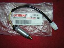 Yamaha TZ250' 00 -'10 Combustible Cortar Solenoide Válvula. Genuine Yamaha. nuevo (B25C,