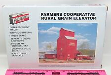 Walthers Cornerstone Series 933-3036 Farmers Cooperative Rural Grain el HO scale