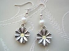 CUTE WHITE PEARL DAISY Pair of SP Drop Earrings Festival Vintage Style