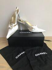 CHANEL IVOIRE Escarpins Chaussures Taille 38.5 SATIN PEARL Chanel logo-Poussière Sacs - 5