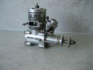 Vintage HP 40 nitro engine