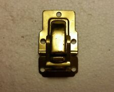 VINTAGE METAL TRUNK LATCH (37H)