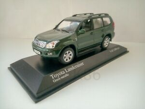 1/43  Toyota Land Cruiser prado 120 green minichamps RARE!