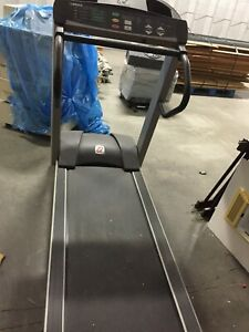 Landice L7-55253  Treadmill  used very good condition local pickup only