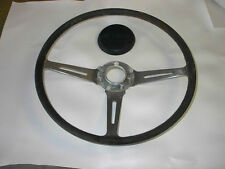 1971 TRIUMPH STAG STEARING WHEEL AND CENTER CAP