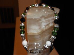 """WOMEN HANDMADE 7 3/4"""" 8 MM PHILADELPHIA EAGLES GLASS BEADED CHARM BRACELET"""