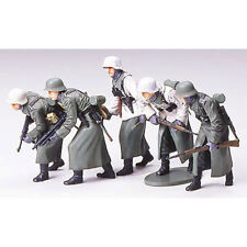 TAMIYA 35256 German Assault Infantry (Winter) 1:35 Military Model Kit