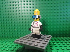 Lego Minifig: #COL213 Monster scientist