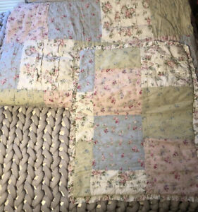 Simply Shabby Chic Patchwork DITSY Floral Ruffled Quilt & Sham Set - Twin