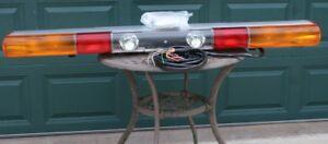 """NOS 1997 Federal Signal ATV 8000 61"""" Strobe & Halogen Light Bar Rare European"""