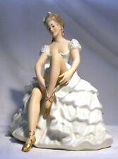 VINATGE WALLENDORF SCHAUBACH KUNST GIRL BALLERINA DANCER