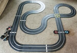 SCALEXTRIC LAYOUT CROSSOVER STRAIGHTS CURVES LAP COUNTER TRANSFORMER CONTROLLERS
