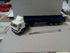 Camion Trailer Volvo . Siku..edc 1/50-55? Muy Buen.estado.Ver Fotos.