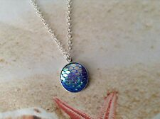 MERMAID SCALE RESIN BLUE CABOCHON SILVER PLATED SETTING CHAIN BEACH PENDANT
