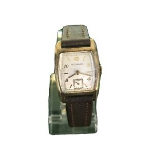 Wittnauer: Vintage Mens Watch With Subsidary Dial