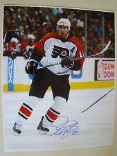 Simon Gagne Signed 16x20 Philadelphia Flyers Photo