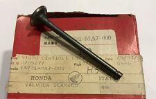 Valvola scarico - Exhaust valve - Honda CBX550F NOS: 14721-MA7-000