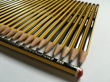 Libre Solo agujero Sacapuntas con 55 X Staedtler Noris Hb Lápices Arte Niños Escuela