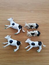 Britains model Farm Animals Plastic Cattle Calves Black And White 1 To 32 Scale