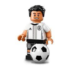 LEGO MINIFIGURE SERIES DFB GERMAN SOCCER 71014 - MESUT OZIL NO. 8
