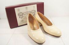 Bespoke John Lobb Ladies' Cream / Ivory Court Shoes UK 5 C / USA 7.5 C