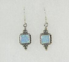 Blu Opale Quadrato Orecchini pendenti .925 argento sterling LABORATRIO GROWN