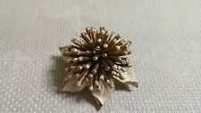 Vintage White Enameled Goldtone Metal Spike Flower Brooch Pin