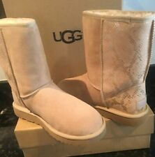 UGG Classic Short Metallic Snake Sand Gold Suede Fur Boots Size US 8 NEW W BOX