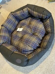 Barbour 35 Inch Pet Dog Bed Brand New Waxed Cotton
