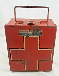 VINTAGE SMALL METAL FIRST AID KIT WITH CONTENTS - SAFETY SUPPLY CANADA
