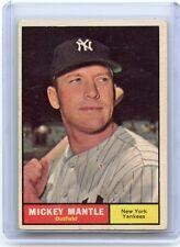 1961 TOPPS #300 MICKEY MANTLE BASEBALL CARD - NEW YORK YANKEES, HOF