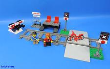 LEGO Trains 60051 GARE / avec passage à niveau et 2 rails + TAMPON nr.7