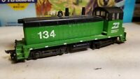 Athearn Burlington  Northern sw7 Switcher powered Locomotive engine HO sw1500