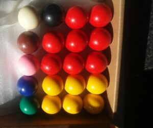 CHILDRENS POOL SNOOKER BALL SET 3 CM FOR SMALL TABLE