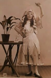 c1907 B/W Photograph. London Willesden Hippodrome Stage Daughter. LILY LYNCH