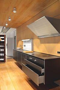 bulthaup b3 Küche wandhängend (Fronten: Aluminium sand)
