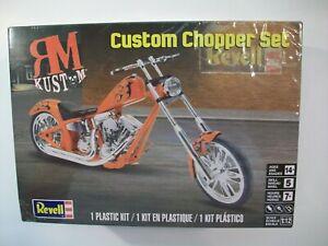 NEW REVELL RM KUSTOM CUSTOM CHOPPER SET PLASTIC MODEL KIT 1/12 SCALE MOTORCYCLE