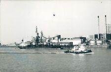 Polish MV Kopalnia rydultowy & british Tug sun anglia 1997 ship photo