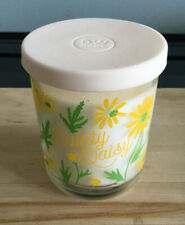 Brand New DW HOME Richly Scented Candle - Dainty Daisy - 3.8oz (108g) Size
