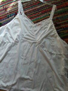 NWOT COMFORT CHOICE 5X Half Slip Cami Silky White Lace Trimmed 100% Nylon