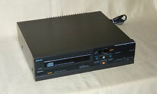 Philips CD 104  -  Compact Disc Player  -  vintage Modell